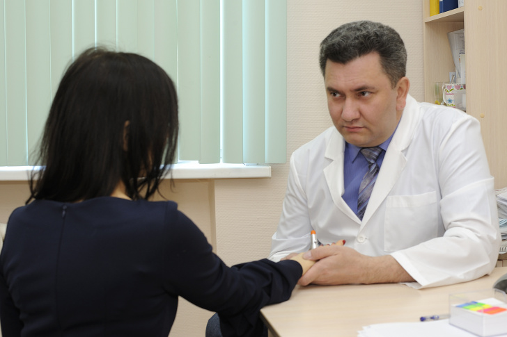 Азамат Байтимеров ведет прием